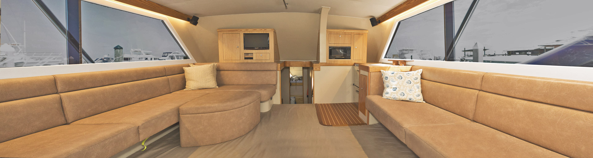 j-hook-fishing-charters-st-augustine-florida-luxury-cabin-interior-toward-stern