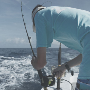 j-hook-fishing-charters-st-augustine-florida-setting-trolling-bait-square